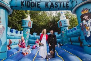 mariage mimi et momo château gonflable claire huteau